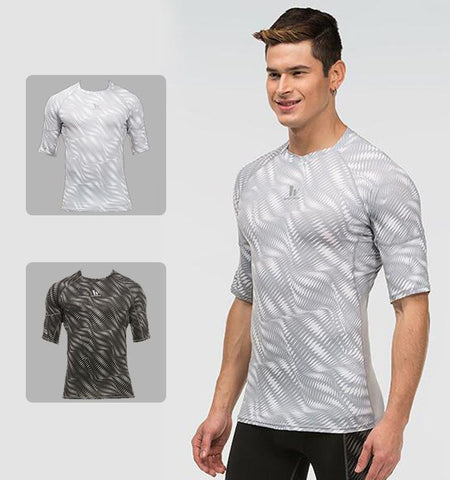This short sleeve workout t shirts with Ripple pattern made from lightweight, breathable and moisture-wicking fabric has perfect function of heat dissipation.