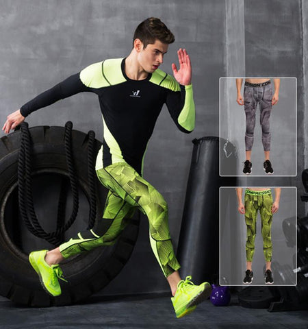 This 3/4 men's sport leggings is suitable for any fitness workout. Perfectly enhance your performance and posture with muscle focus design and novel patterns.