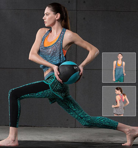 This women's loose fitting workout tops with starry night pattern made from ultra-light fabric can effectively against peculiar smell and keep cool.