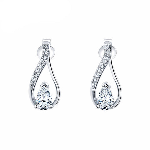 Queen Diamond Teardrop Earrings in Silver
