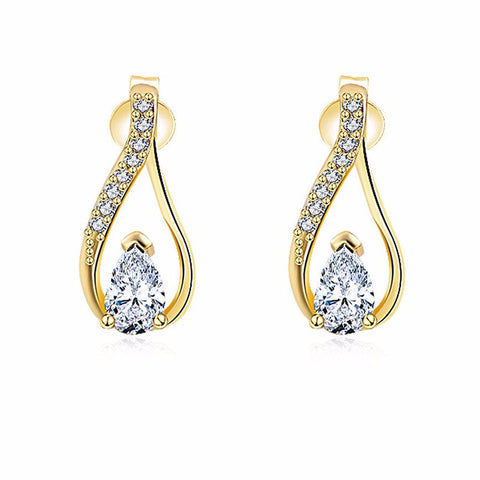 Queen Diamond Teardrop Earrings in Gold