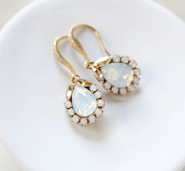 Delicate Swarovski crystal drop bridal earrings - GIGI - Treasures by Agnes