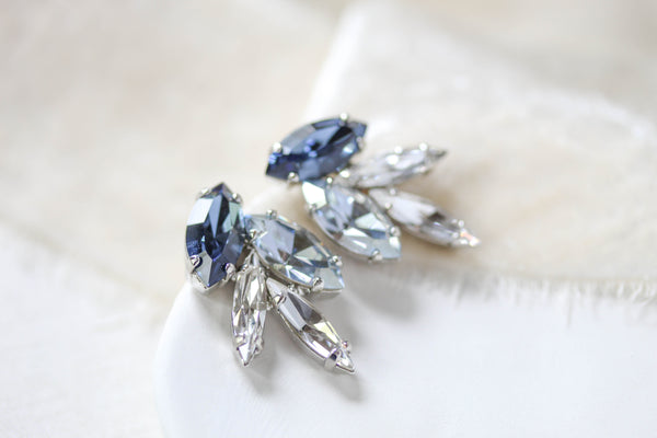 Delicate navy Swarovski crystal stud earrings -  LYDIA - Treasures by Agnes