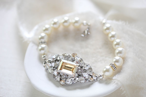 Vintage style Swarovski crystal and pearl Bridal bracelet - VALENTINA - Treasures by Agnes