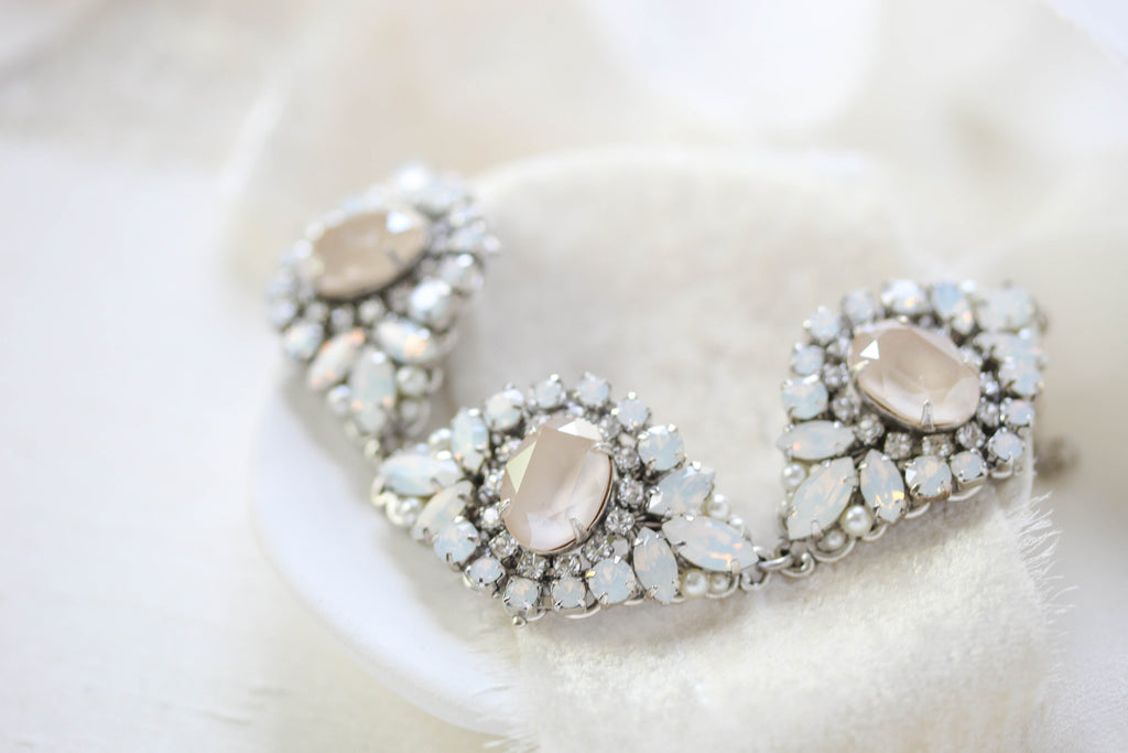 Vintage style Swarovski crystal Bridal bracelet - MONIQUE - Treasures by Agnes
