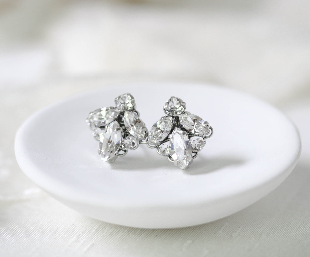 Small crystal stud bridal earrings - MILEY - Treasures by Agnes