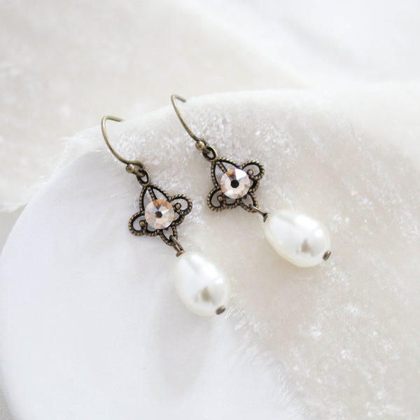Delicate pearl drop Antique gold Bridal earrings - Treasures by Agnes