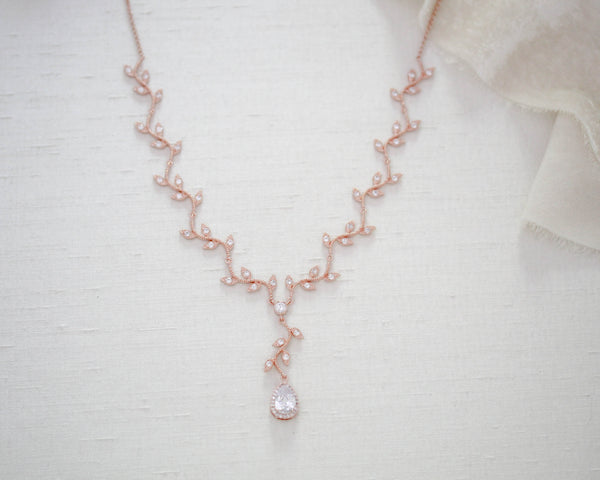 Rose gold dainty leaf Bridal necklace - RYLIE - Treasures by Agnes