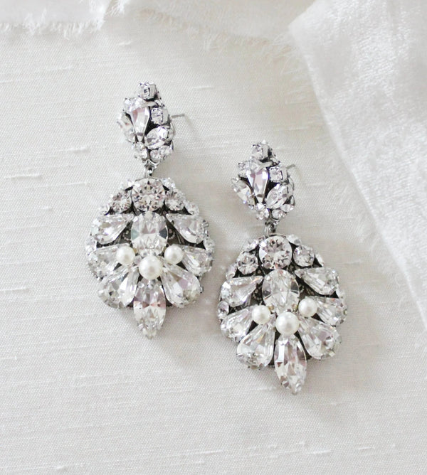 Antique silver bridal chandelier earrings with Swarovski crystals - BELLA - Treasures by Agnes
