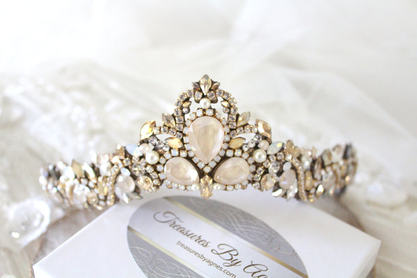 Swarovski crystal Bridal tiara crown - Treasures by Agnes
