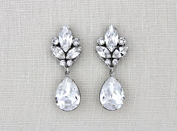 Vintage style teardrop stud Swarovski earrings - DAPHNE - Treasures by Agnes