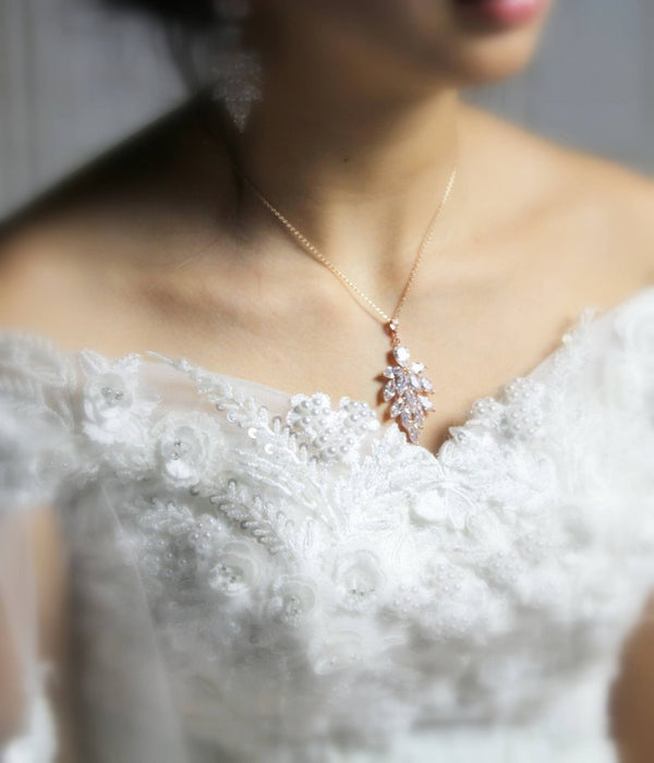 Rose gold cubic zirconia backdrop necklace - ALICIA - Treasures by Agnes