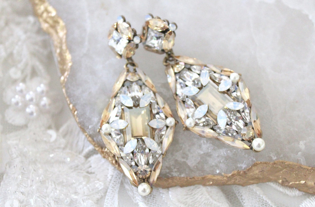 Swarovski crystal Vintage style Antique gold Bridal earrings - Treasures by Agnes