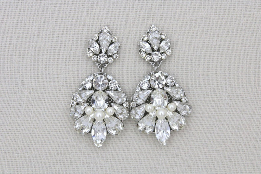 Antique silver bridal chandelier earrings with Swarovski crystals - Treasures by Agnes