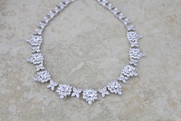 Crystal bridal forehead band - Treasures by Agnes