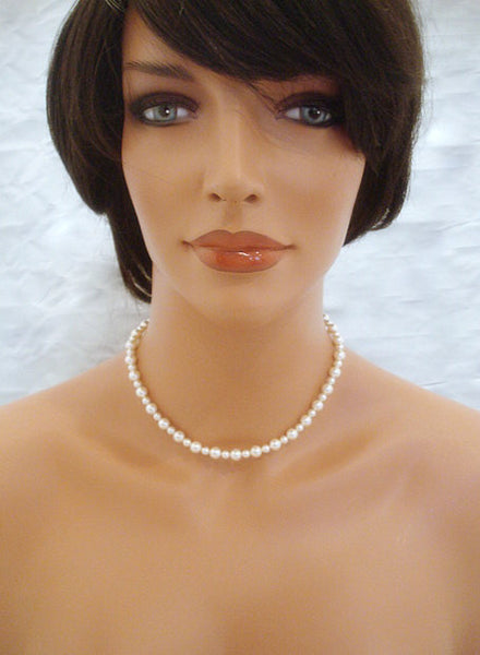 Pearl Backdrop necklace with ivory pearls
