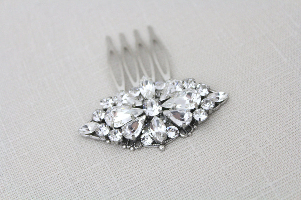 Swarovski crystal Bridal hair comb - CLARA - Treasures by Agnes