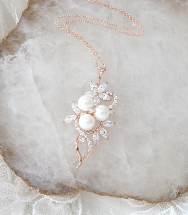 Simple Bridal pendant necklace with pearls, MIA - Treasures by Agnes