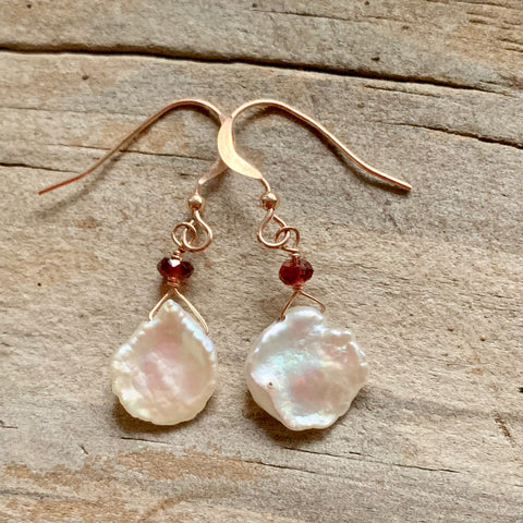 Floating on Air - Keshi Pearl and Rose Gold