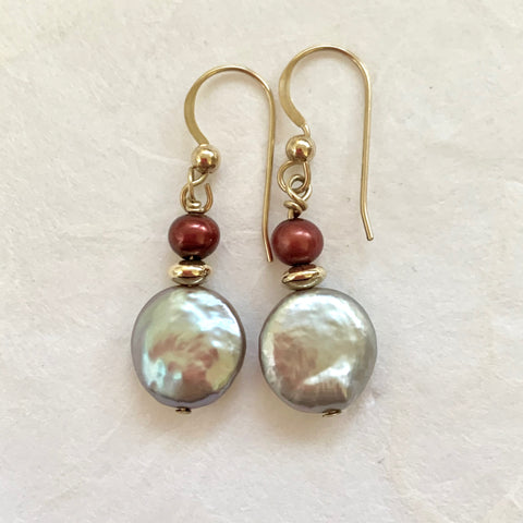 Luna Earrings - Gold (pearls)