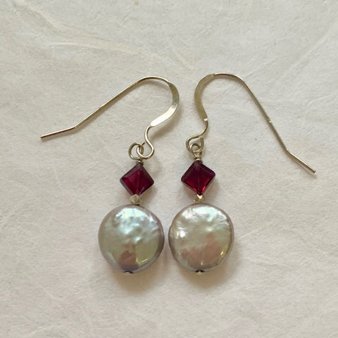 Luna Earrings - Silver (pearl & garnet diamonds)
