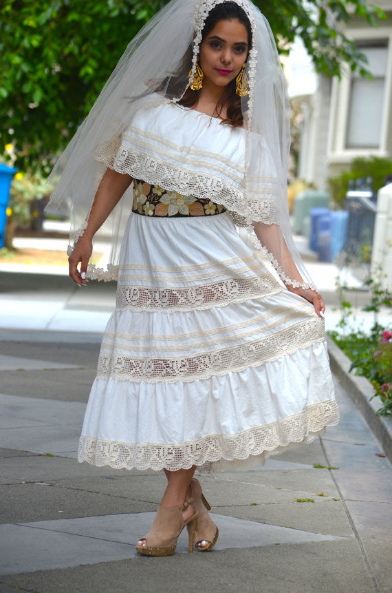 hispanic-culture-clothing