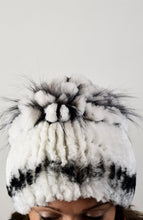 Load image into Gallery viewer, Chinchilla Rex & Fox Fur Hat