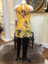 Load image into Gallery viewer, Italian Silk Floral Tunic by Piazza Del Tempio
