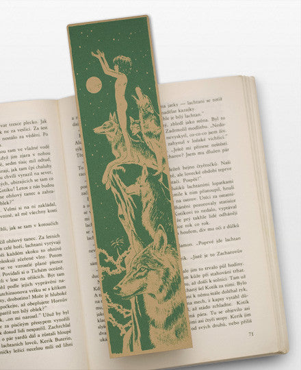 Bookmarklovers_Mowgli_wolves_green