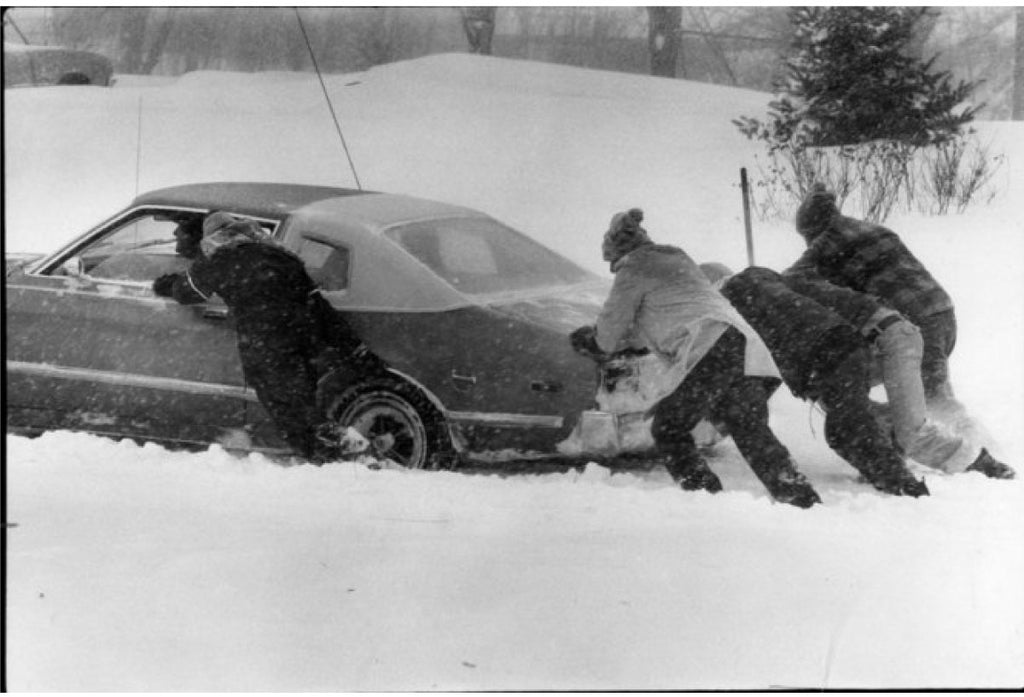 Pushing Car | Blizzard of 1978 | The Mitten State