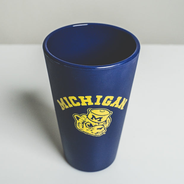 UofM - WOLVERBEAR SILICONE PINT
