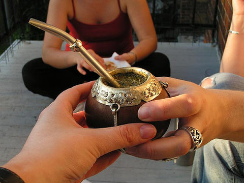 Share yerba mate with a gourd