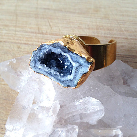 Agate Geode Ring (Grey)