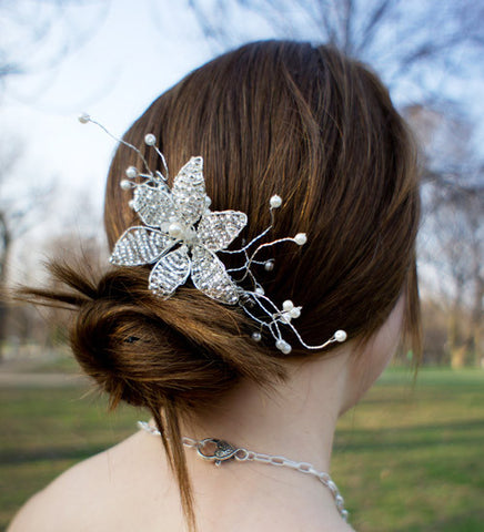 Beaded Flower Bridal hair comb