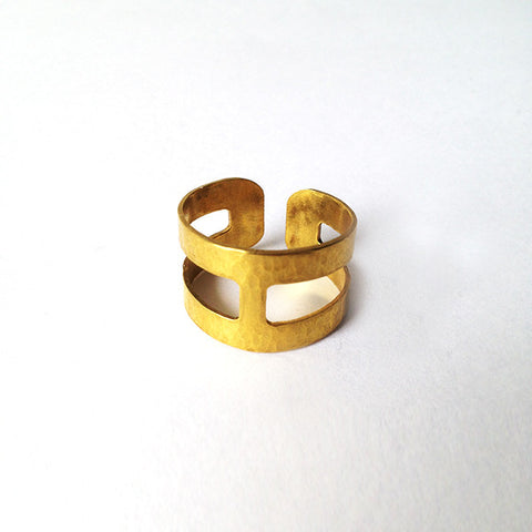 Divided ring