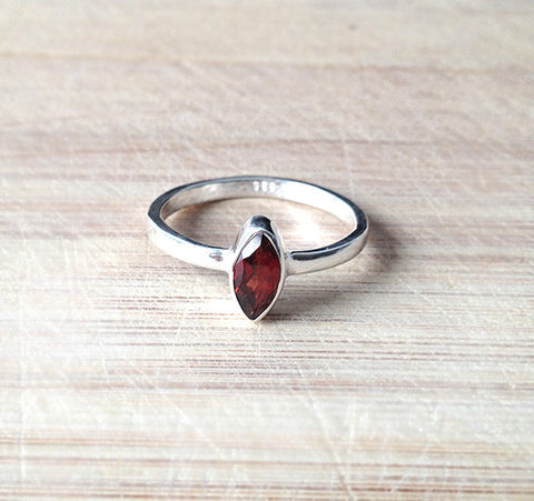 Sterling Silver Marquise Red Garnet Ring