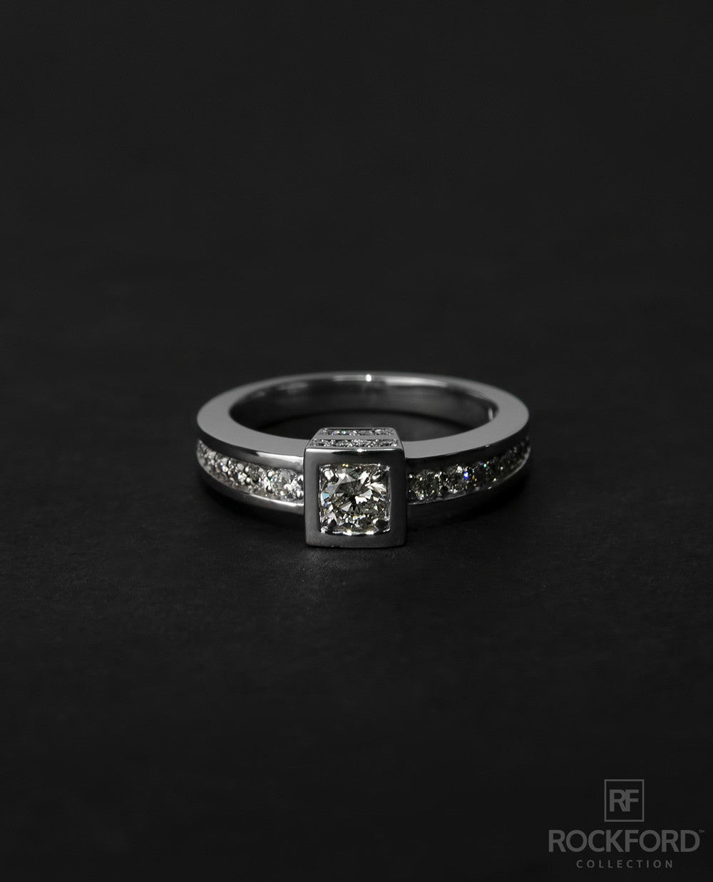 VULTURE Mens Gold Wedding Ring with 0.85 ct Diamonds