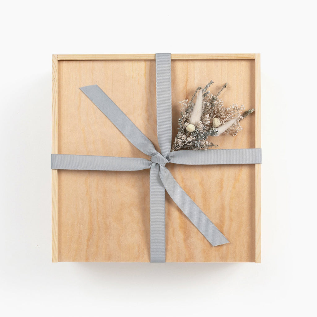 Calm-spa-tea-gift-box-from-loved-and-found-wood