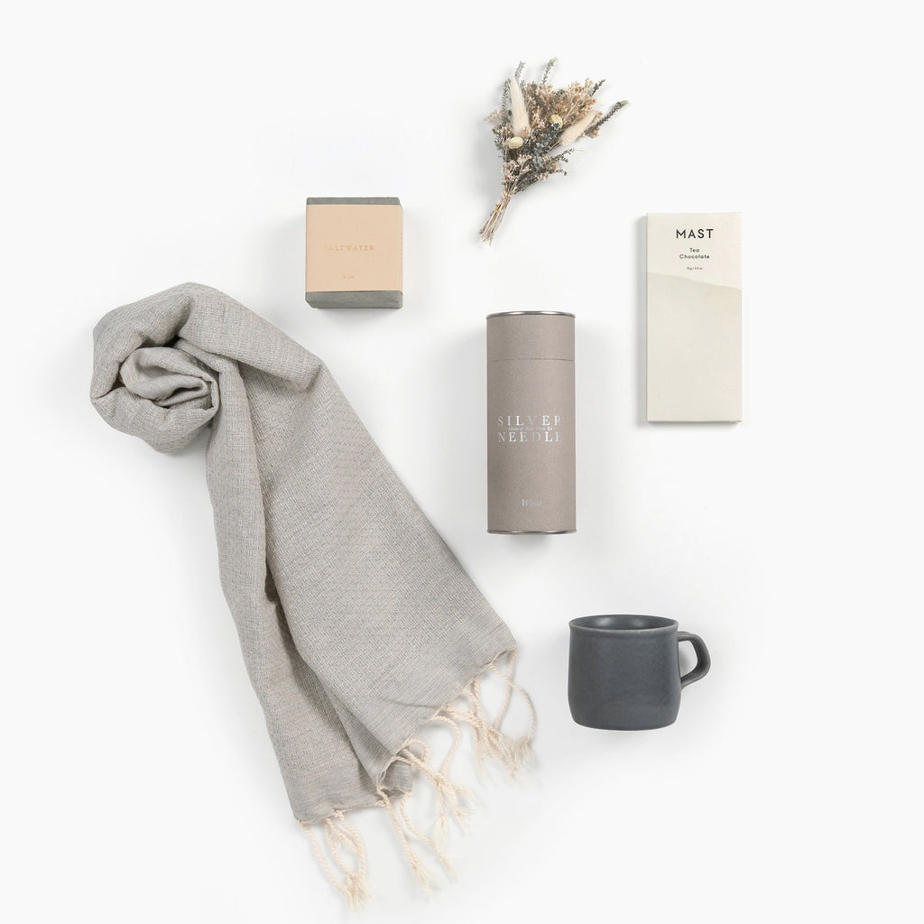 Calm-spa-tea-gift-box-from-loved-and-found
