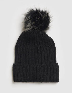 Apres Wool Blend Beanie in Black