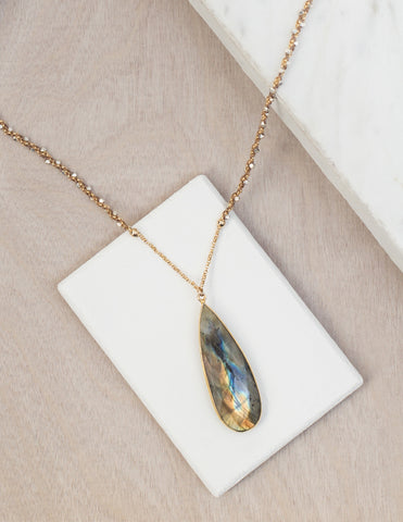 Labradorite Pendant Necklace on Woven Chain