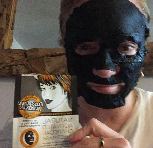 Activated Charcoal Pore Purify Minimising 12 Masks