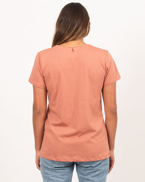 Folk Avenue Tee Washed Terracotta