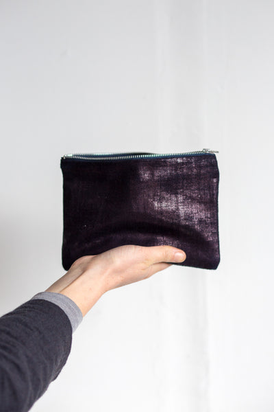 sustainable hemp calendered clutch pouch