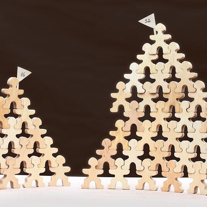 basic pyramid with Flockmen