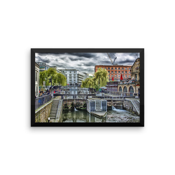 London Street Scene Art Framed poster