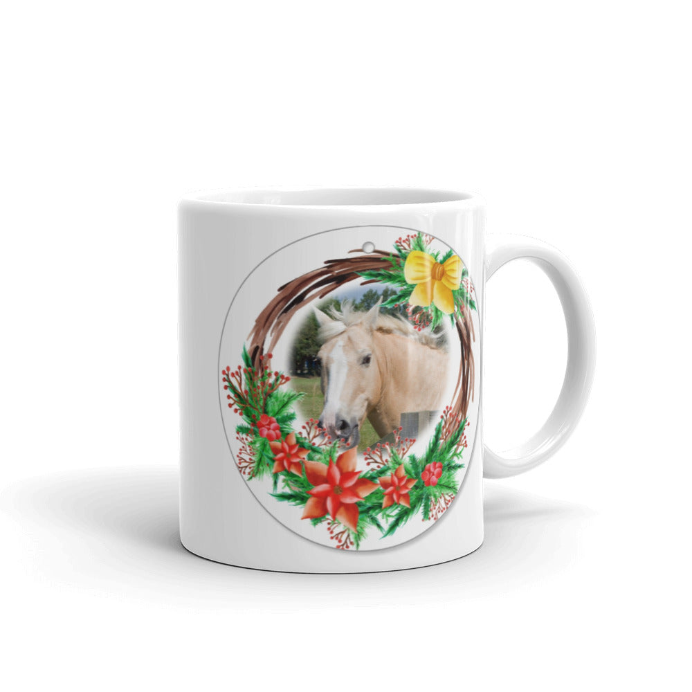 Beatufiul Horse in Wreath Christmas Mug