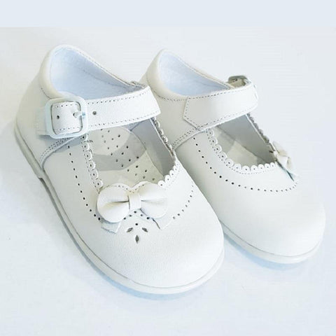products/26203_White_Zapato_Mercedes_4be06111-8ab4-4100-bafb-aedac219932d.jpg