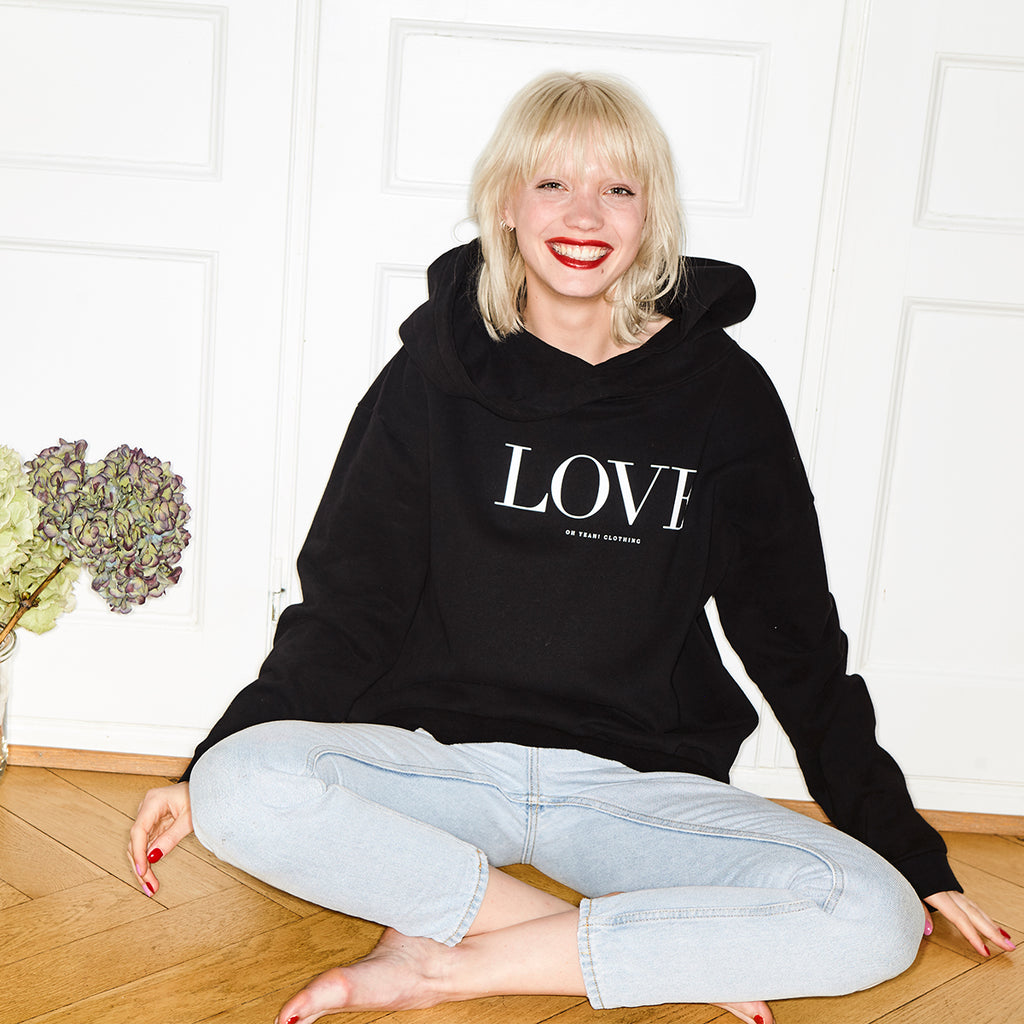 love hoodie schwarz pullover mit love druck print black hoodie women kapuzenpullover love statement oh yeah made in portugal