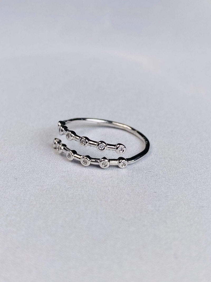 Skies are Blue Accessories Ring Size 6 / Silver / WIK1R5737 Diamond Bezel Wrap Ring Silver
